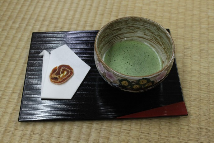 お迎えの抹茶・菓子