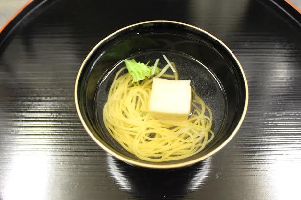 ゴマ豆腐椀物