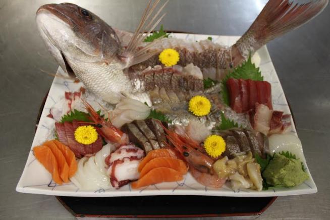 刺し盛り 鯛メイン