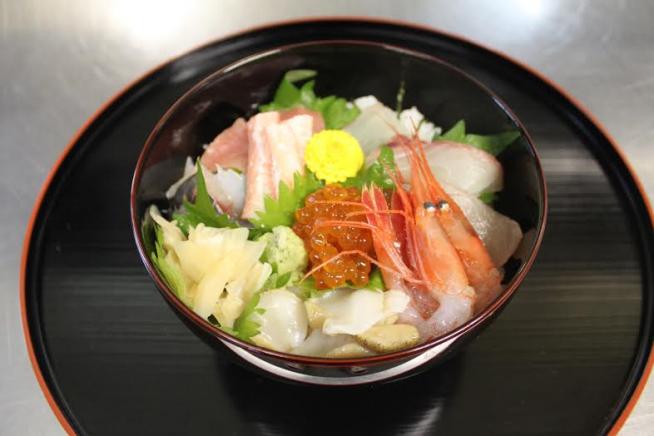 海鮮丼2800